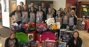 W Club Collects and Donates Toys for Kids